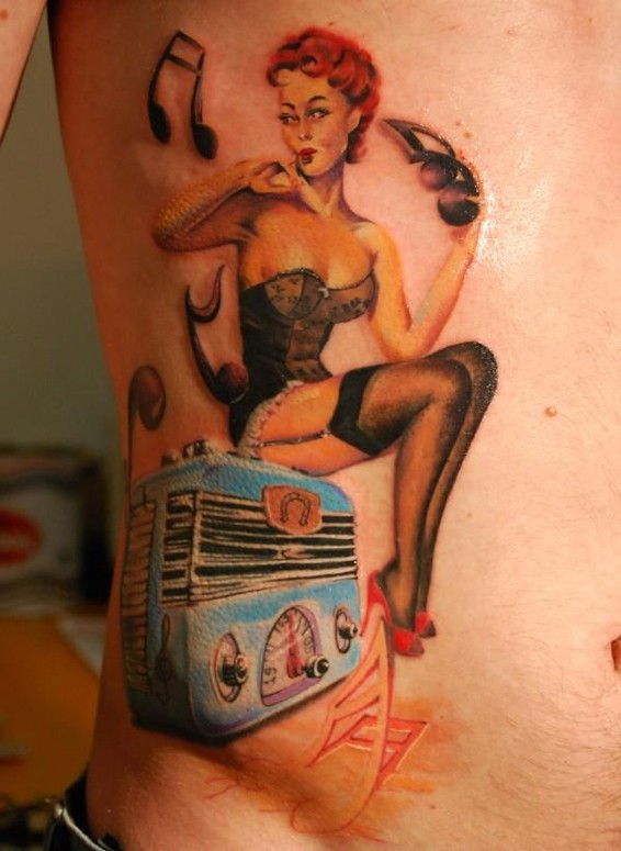 De Pase : Radio Pinup Tattoo